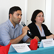 Moderator Addulwahab Haimami und Pfarrerin Karla Unterhansberg